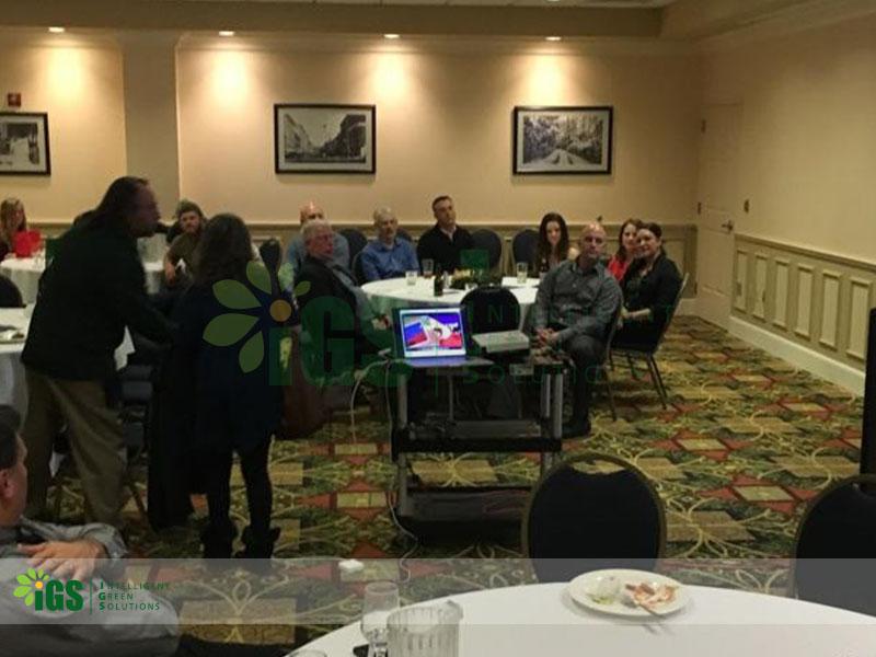 IGS Holds Annual Holiday Dinner & Team Celebration