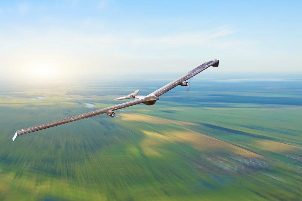 "Solar aircraft broke the world record for ""longest flight duration"""